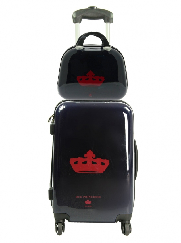 place du bonheur rue princesse set valise format. Black Bedroom Furniture Sets. Home Design Ideas